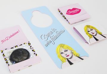 Volto di Victoria Cattrall utiliazzato per creare linea di preservativi