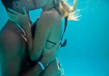 I sessuologi: no al sesso sott'acqua